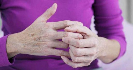 Боль в суставах руки