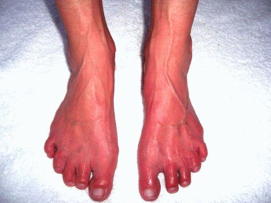 Красные ноги