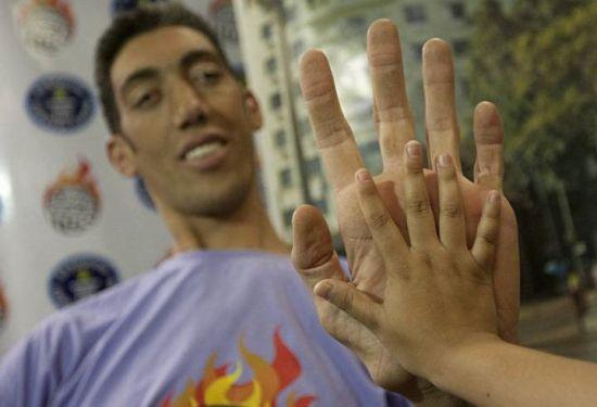 длинные пальцы