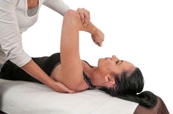 Работа с плечом пациента