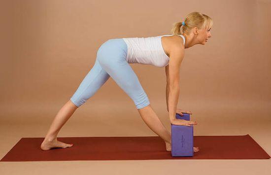 Йога, растяжение позвоночника