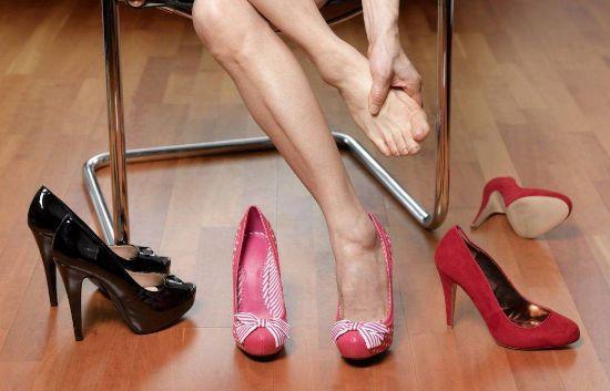 Болит нога от туфлей