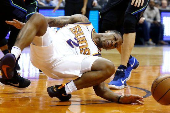 Падение на баскетболе