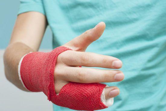 Сломанный палец