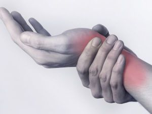 Боль в кисти руки