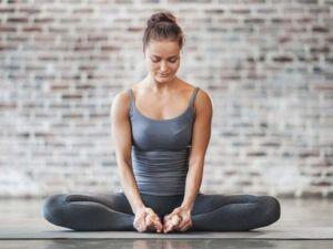 Одна из поз йоги