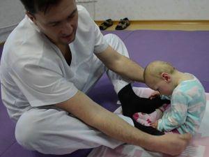 Занятия ЛФК с малышом с ДЦП