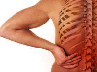 Боль в желудке отдает в спину между лопаток: что это может быть, причины