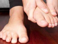 Шишки на ступнях ног